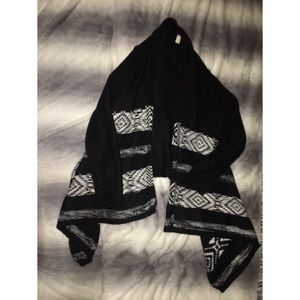 Other - Thick black and white cardigan